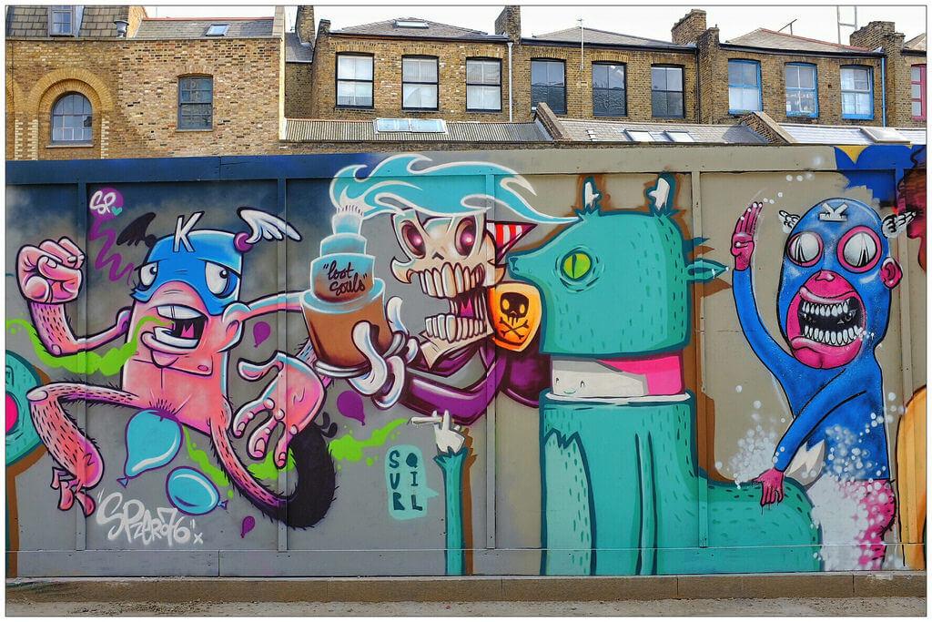 Graffiti in East London (Lost Souls)