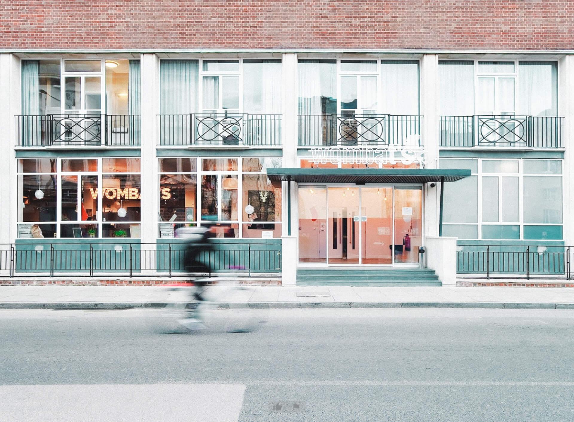 UNLOCKING LONDON Wombat´s Hostel